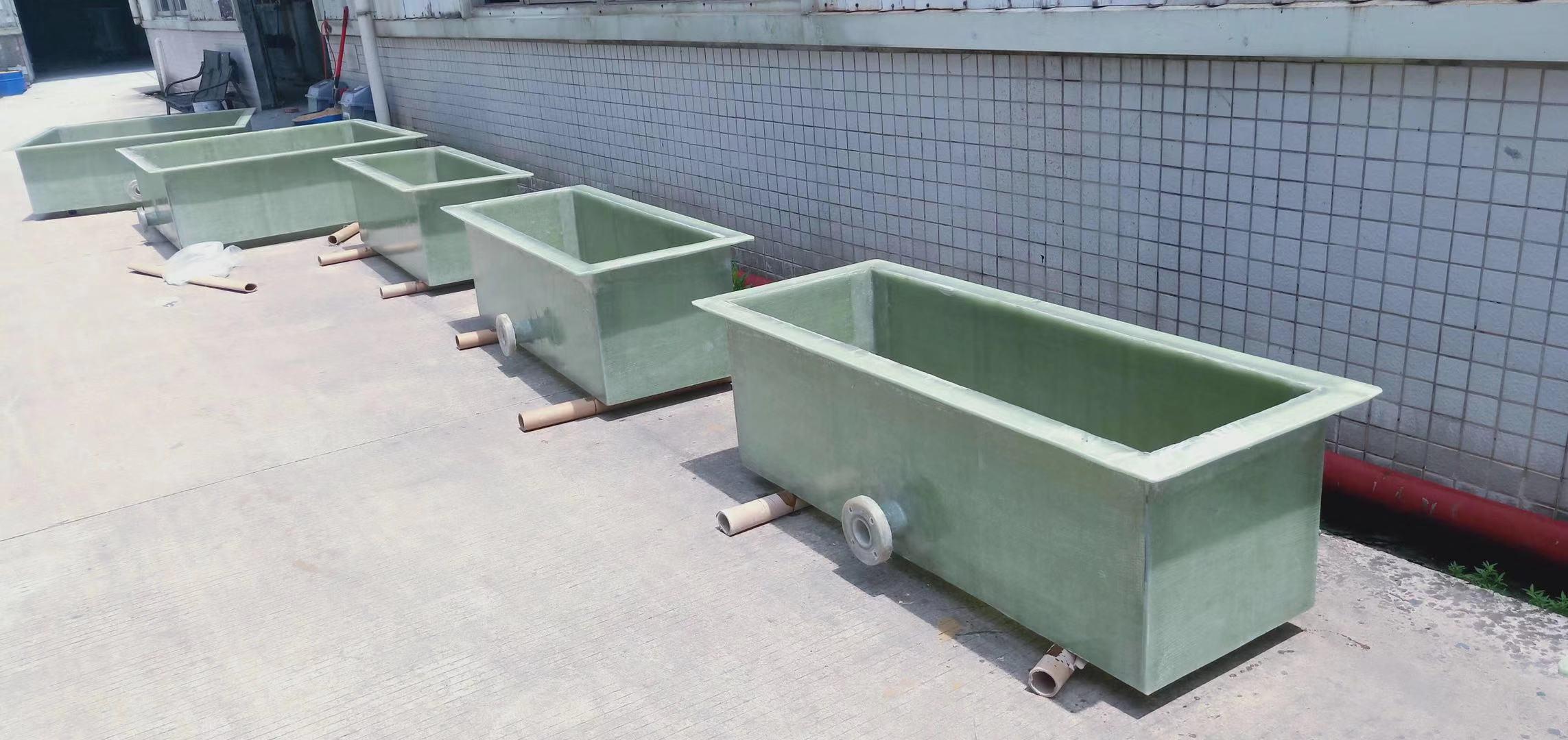 佛山某新材料公司玻璃钢方槽完工